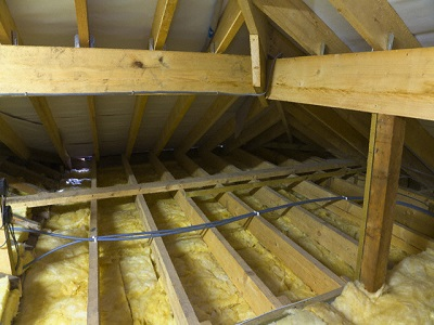 09 Feb 2008, Wirral, England, UK --- New Roof Loft Insulation --- Image by © Paul Thompson/Corbis